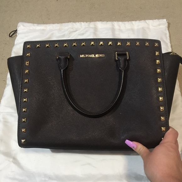 Michael Kors Handbags - Dark brown Michael kors purse